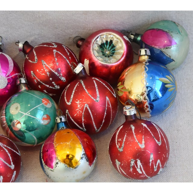 Vintage Colorful Christmas Ornaments W/Box - Set of 12 For Sale - Image 9 of 12