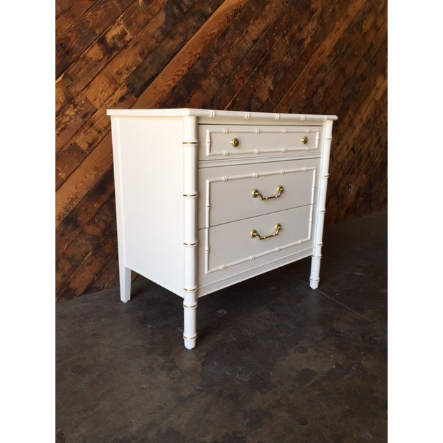 Vintage Hollywood Regency White Lacquer Dresser - Image 3 of 7