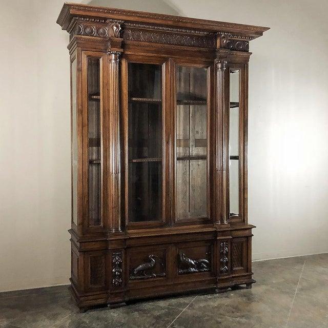 Italian Grand 19th Century Italian Walnut Neoclassical Bookcase For Sale - Image 3 of 13