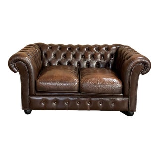 Chesterfield Tufted Leather Love Seat For Sale