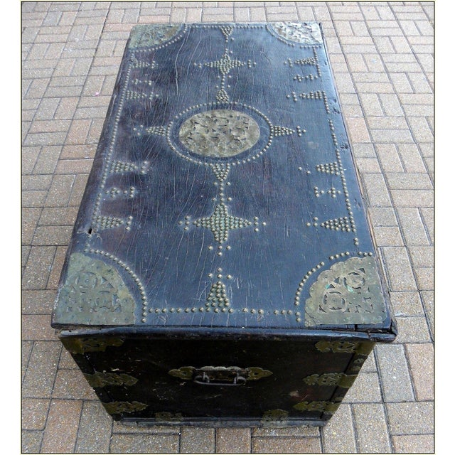 19th Century Sinhalese Sri Lanka Teak & Brass Trunk For Sale - Image 9 of 13