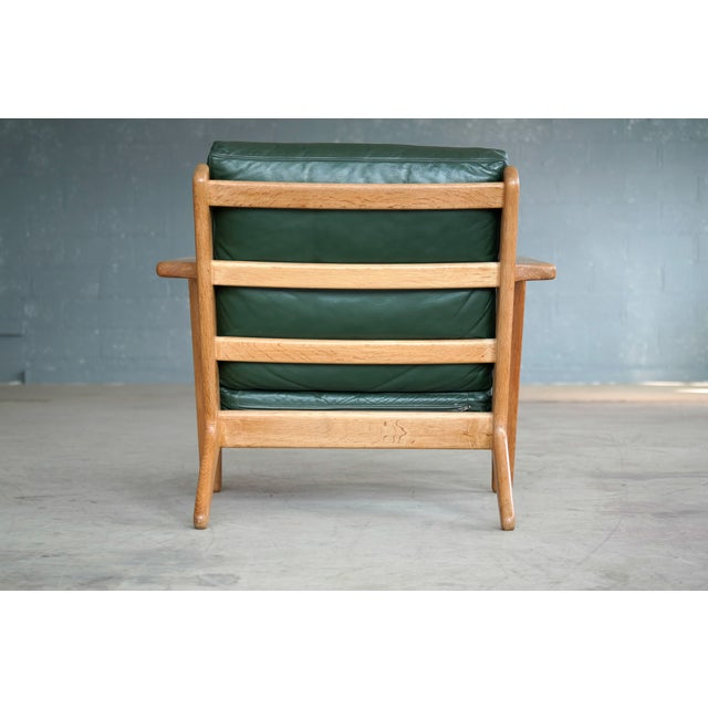 Hans Wegner Highback Lounge Chair Model GE290 for Getama Oak and Green Leather For Sale - Image 10 of 11
