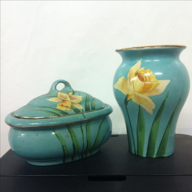 Early American Avon Pottery - A Pair - Image 2 of 7