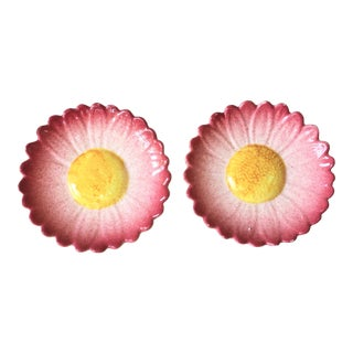 1900s Vintage Majolica Pink Daisy Jerome Massier Fils Plates- A Pair For Sale