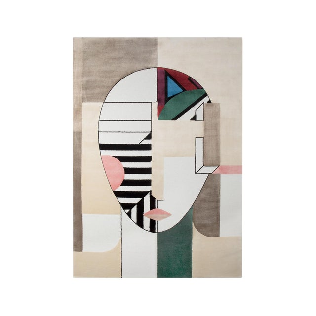 Cubist inspiration, deconstruction of classical concepts in simple and solid planes where the mix between current patterns...