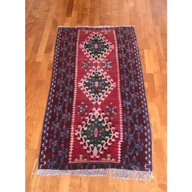 Tribal 1960s Vintage Kilim Handmade Rug-2′8″ × 4′10″ For Sale - Image 3 of 11