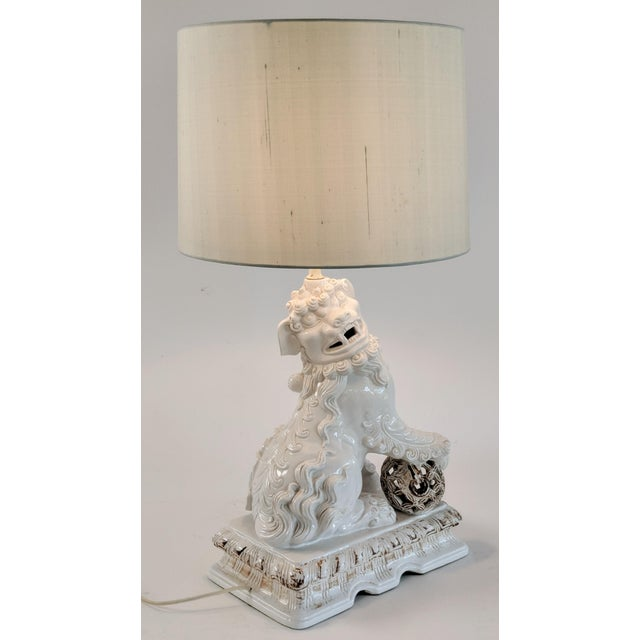 """Ceramic Foo Dog Lamp. Beautifully made with nice detail. Large size measuring 29.25"""" Tall. Measurements: Top of socket: 21..."""