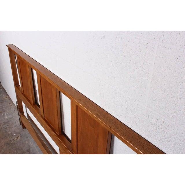 Dunbar Furniture Bleached Mahogany Headboard by Edward Wormley for Dunbar For Sale - Image 4 of 10