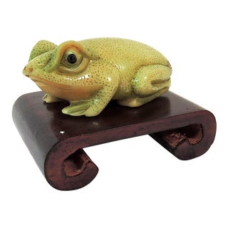 Vintage Netsuke Chinese Hand Carved Green Frog on Wood Scroll Stand For Sale