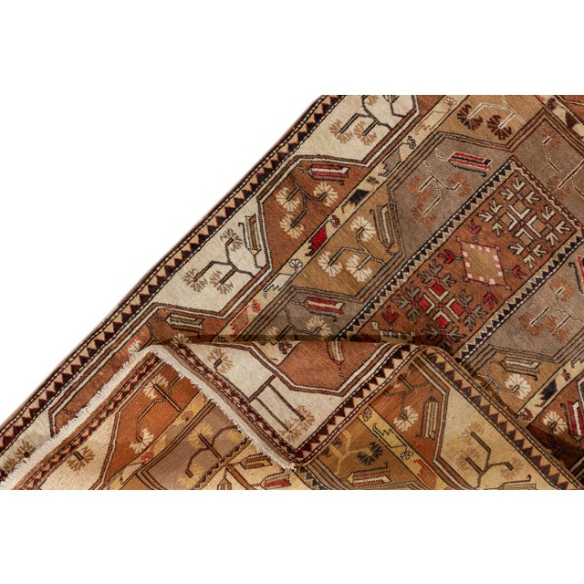 Traditional Mid 20th Century Vintage Rug For Sale - Image 3 of 9
