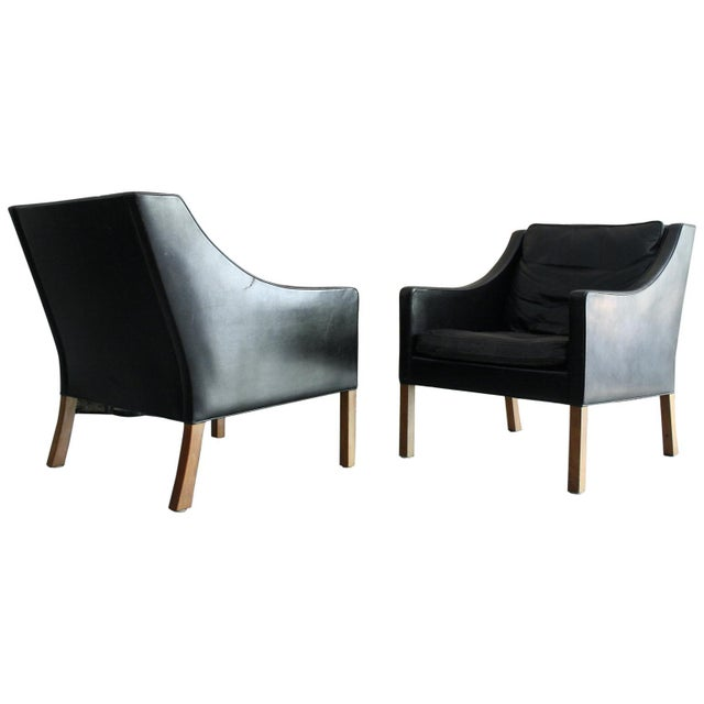 Matched Pair of Børge Mogensen Model #2207 Leather Lounge Chairs For Sale - Image 13 of 13
