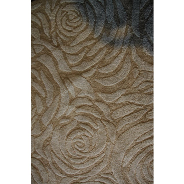 8' round 100% wool - finely hand made Very special Roses icon - Charles Rennie Mackintosh Area Rug Beige/ Tan Designed by...
