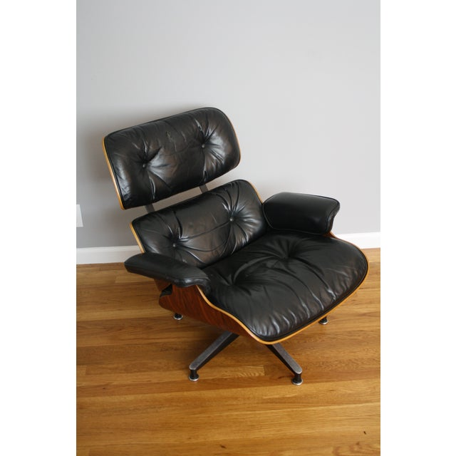Charles and Ray Eames for Herman Miller 670 & 671 Rosewood Lounge Chair - a Pair - Image 5 of 11