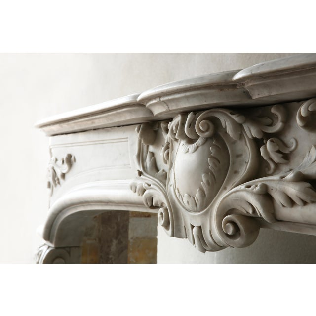 Carrara Marble 19th Century, Louis XIV Style, Antique Fireplace of Carrara Marble For Sale - Image 7 of 13