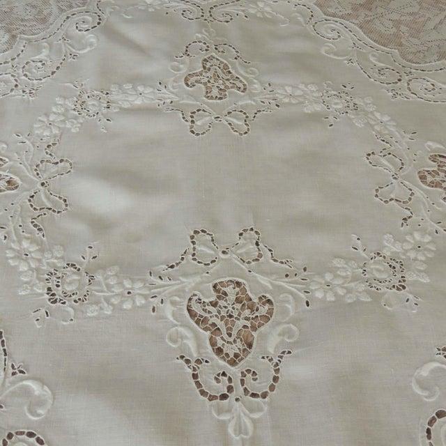 Textile Antique Round Figural Needle Lace Point De Venise Tablecloth With Cherubs For Sale - Image 7 of 11
