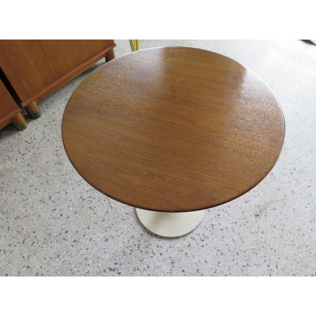 knoll saarinen side table with walnut top for sale in tampa image 6 of 6