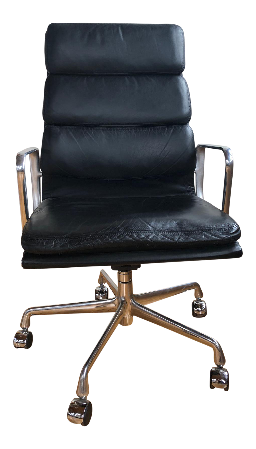 Eames Aluminum Group Black Leather Soft Pad Executive Chair