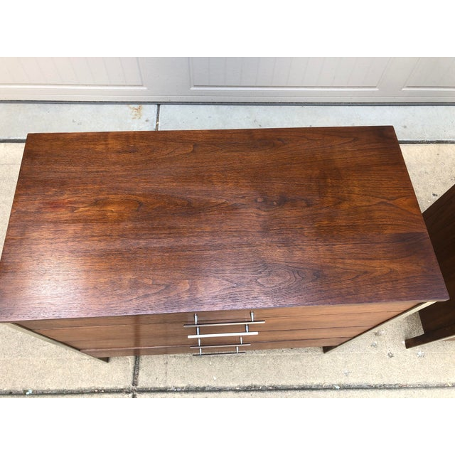 Mid 20th Century Mid-Century Modern Pair of Paul McCobb Chest For Sale - Image 5 of 13