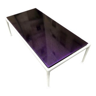 Mid Century Modern Richard Schultz for Knoll Purple and White Metal Enamel Top Coffee Table - Refinished Space Age Furniture MCM For Sale