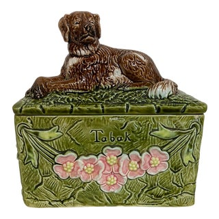 Vintage Dog Topped Green Majolica Tobacco Box For Sale