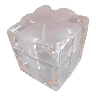 Tiffany & Co. Vintage Crystal Bow Box For Sale