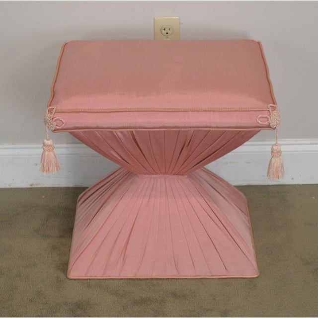 Hollywood Regency Pair Vintage Pink Upholstered Stools For Sale In Philadelphia - Image 6 of 12