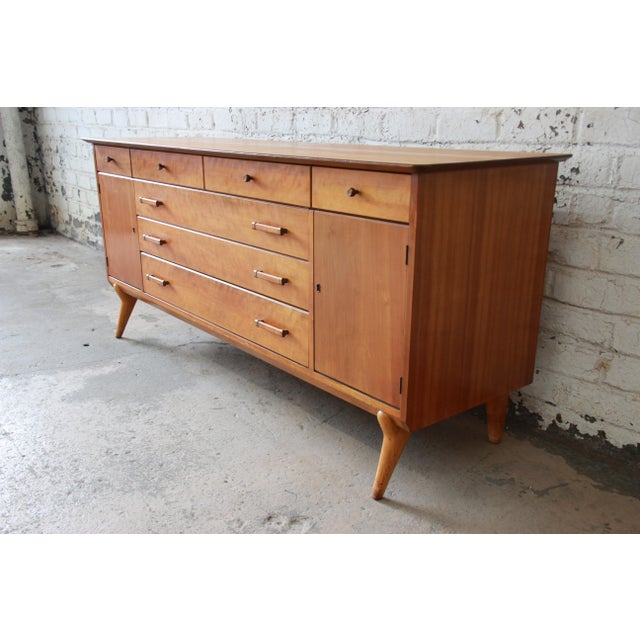 Renzo Rutili for Johnson Furniture Co. Mid-Century Modern Sideboard Credenza For Sale - Image 13 of 13