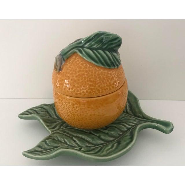 Adorable Majolica jam jar/sugar bowl by Bordallo Pinheiro. Brighten up your mornings!