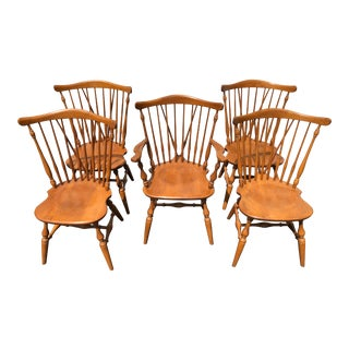 20th Century Early American Ethan Allen Winged Back Windsor Chairs - Set of 5 For Sale