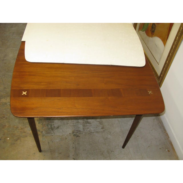 Brown Mid Century American of Martinsville Walnut Dining Table For Sale - Image 8 of 10
