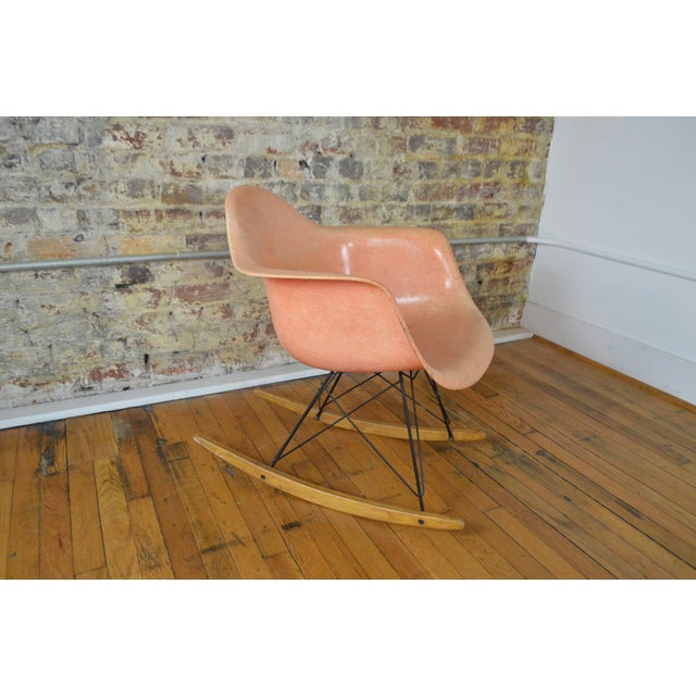 1950s Charles & Ray Eames for Herman Miller Rar Zenith Rope Edge Rocking Chair For Sale - Image 5 of 11