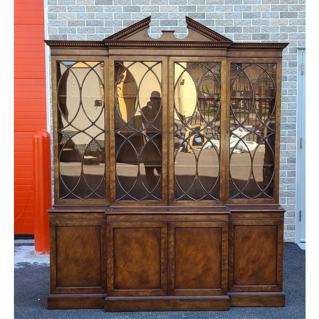 Vintage Late 20th Century Regency Style Old Colony Furniture Mahogany Breakfront Cabinet C1970s For Sale - Image 13 of 13