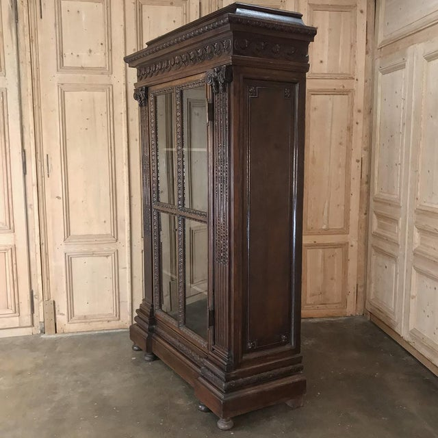 19th Century French Louis XVI Neoclassical Bookcase For Sale In Dallas - Image 6 of 13