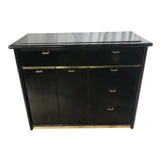 Bassett Furniture Black Rolling Bar For Sale