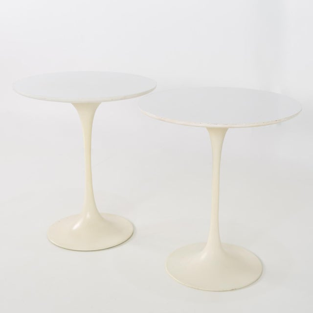 1960s 1960s Mid Century Modern Eero Saarinen for Knoll Round Tulip Side Tables - a Pair For Sale - Image 5 of 6