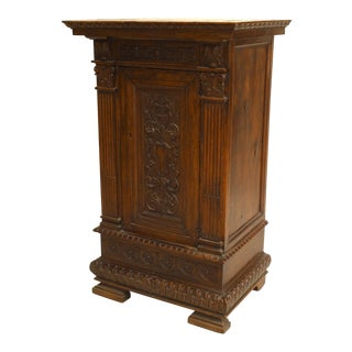 Italian Renaissance Style Small Commode, 19th Century For Sale