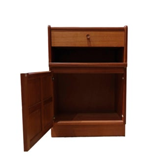 G-Plan Teakwood Side Cabinet Preview