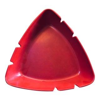 Mid-Century Modern Red Triangular Melamine Ashtray For Sale