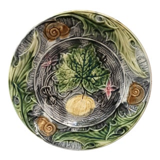 French Majolica Plate With Pumpkin & Snail Onnaing, Circa 1890 For Sale