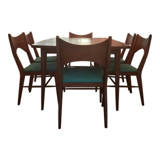 Broyhill Saga Premier Series Walnut Dining Set