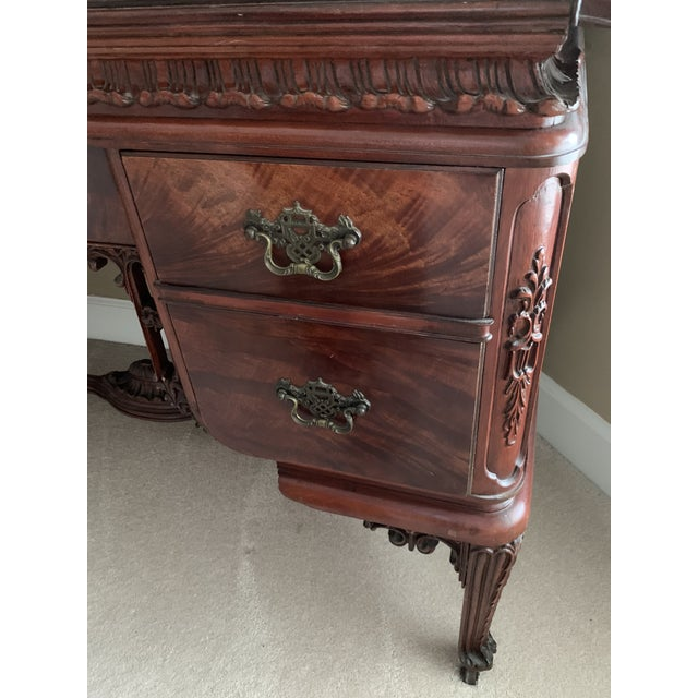 Rococo Early 20th Century Williamsport Furniture Company Chinese Chippendale Vanity with Mirror and Bench For Sale - Image 3 of 13