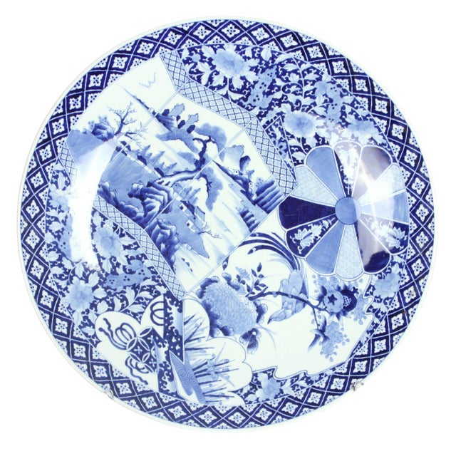 19th Century Large Blue & White Japanese Imari Charger For Sale