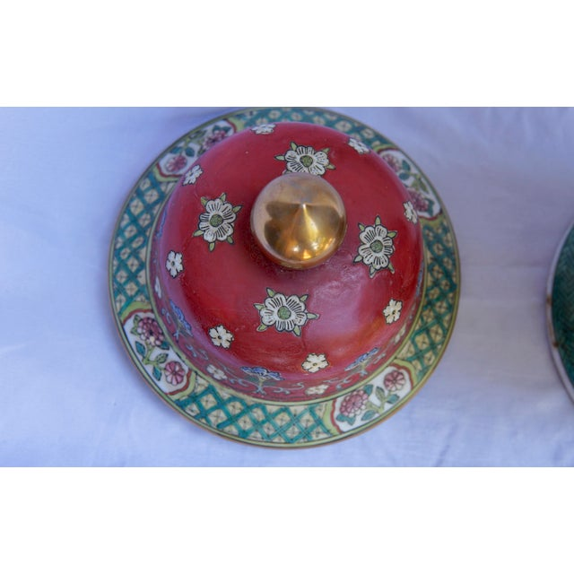 Ceramic Vintage Fuchsia, White & Green Ginger Jar Vase With Lid For Sale - Image 7 of 12