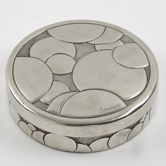 1930s French Rene Delavan Art Deco Dinanderie Polished Pewter Box, 2 Pieces For Sale - Image 5 of 11