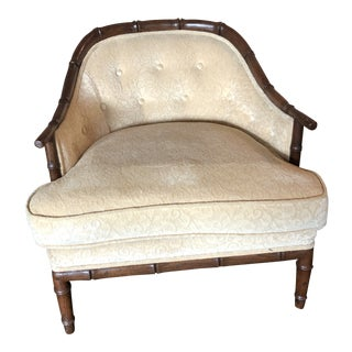 1980s Vintage Traditional Tufted Accent Chair For Sale