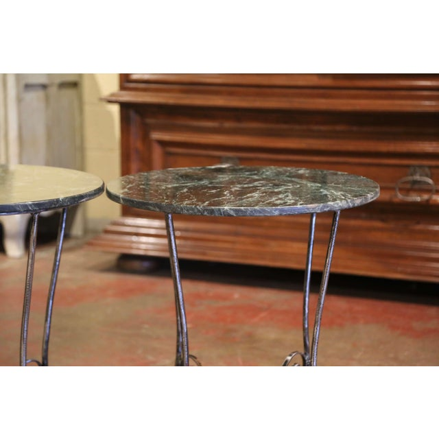 Mid-Century French Polished Wrought Iron and Marble Patio Side Tables - a Pair For Sale In Dallas - Image 6 of 9