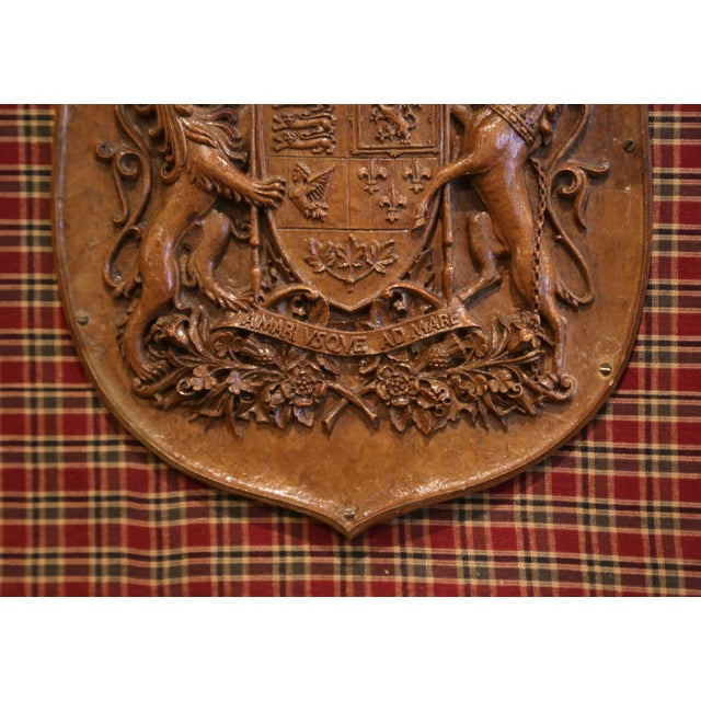 Late 19th Century 19th Century French Carved Walnut Royal Coat of Arms of Canada in Gilt Frame For Sale - Image 5 of 8