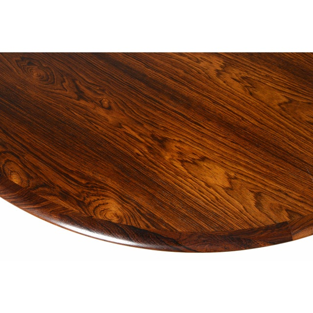 Rosewood Circular Dining Table With Two Leaves - Image 3 of 10