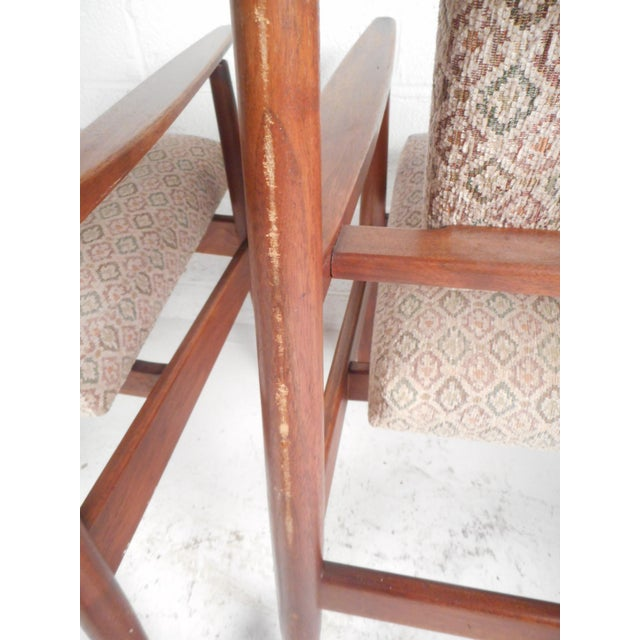 1960s 1960d Mid-Century Modern Jens Risom Design Walnut Lounge Chairs - a Pair For Sale - Image 5 of 10