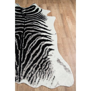 "Erin Gates by Momeni Acadia Zebra Black Faux Hide Area Rug - 5'3"" X 7'10"" Preview"